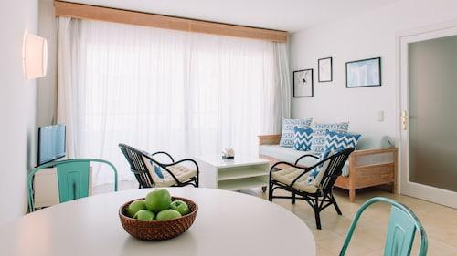. Lemar Apartments
