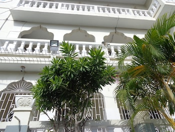 Hotel - Bethel Court Guesthouse