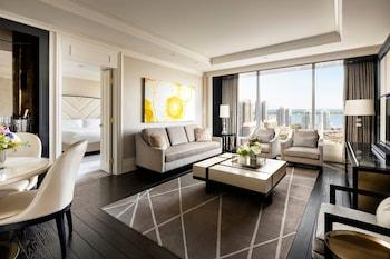 Executive Suite, 1 Bedroom, Non Smoking, Lake View (Simcoe)