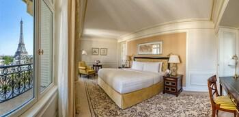 Junior Suite Paris View, 1 King Bed