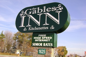 Hotel - The Gables inn