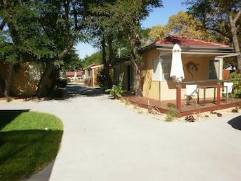Hotel - Kickback Cottages