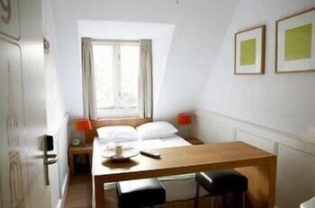 Basic Tek Büyük Yataklı Oda, 1 Çift Kişilik Yatak, Ortak Banyo