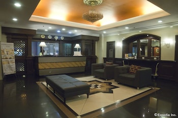 Riviera Mansion Hotel Manila Lobby Sitting Area