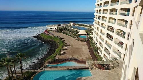 Las Olas Resort and Spa, Tijuana
