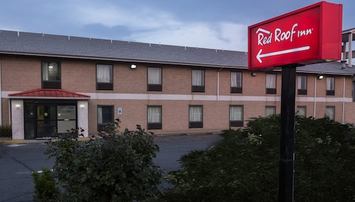 . Red Roof Inn Allentown South