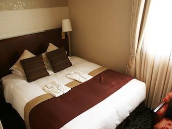 ダブルルーム クイーンベッド 1 台 喫煙可 17㎡ 渋谷クレストンホテル