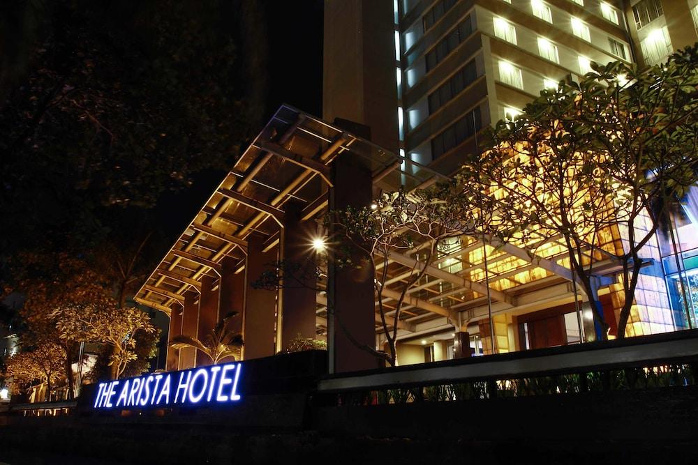 阿里斯塔飯店巴領旁