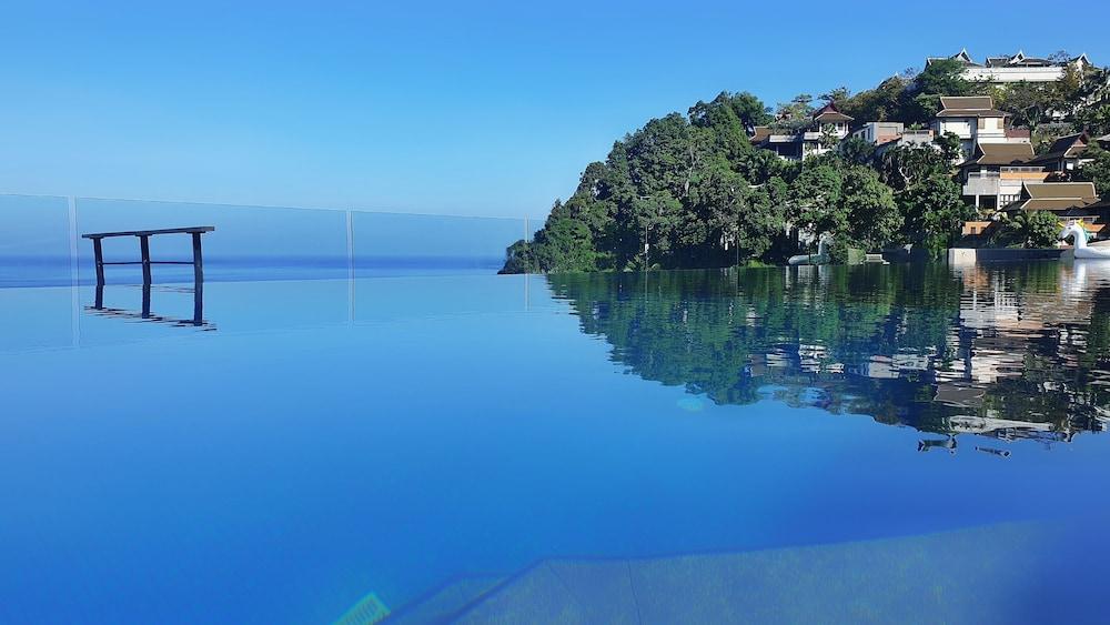 https://i.travelapi.com/hotels/5000000/4060000/4052700/4052673/988f875c_z.jpg