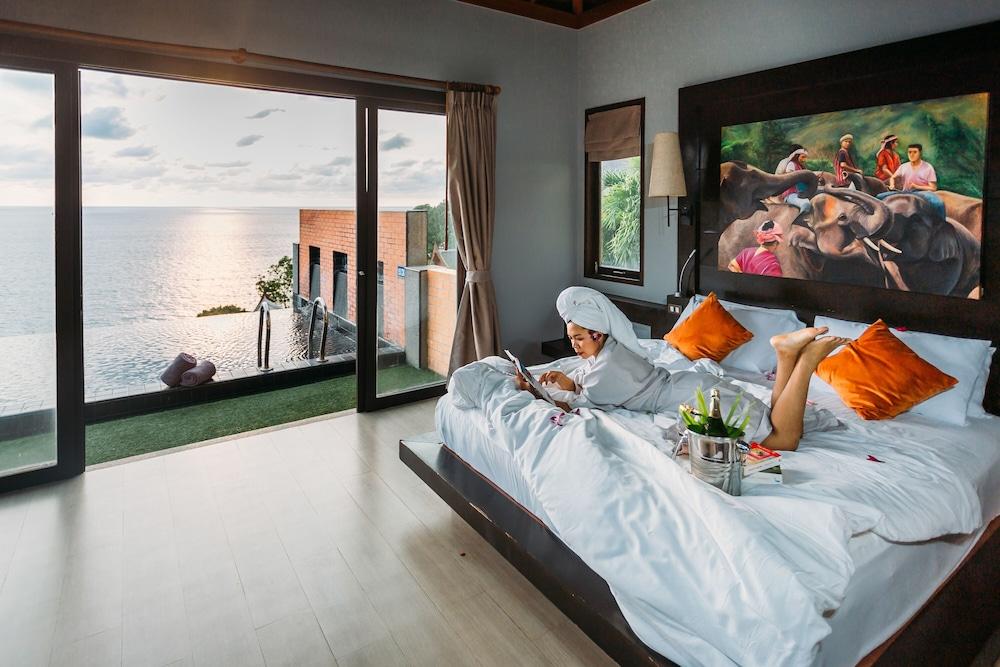 https://i.travelapi.com/hotels/5000000/4060000/4052700/4052673/cdae88f2_z.jpg
