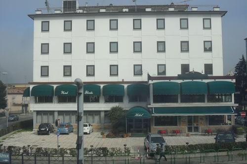 . Hotel Florida