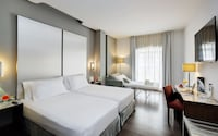 Premium Double Room (+ Sofa Bed)