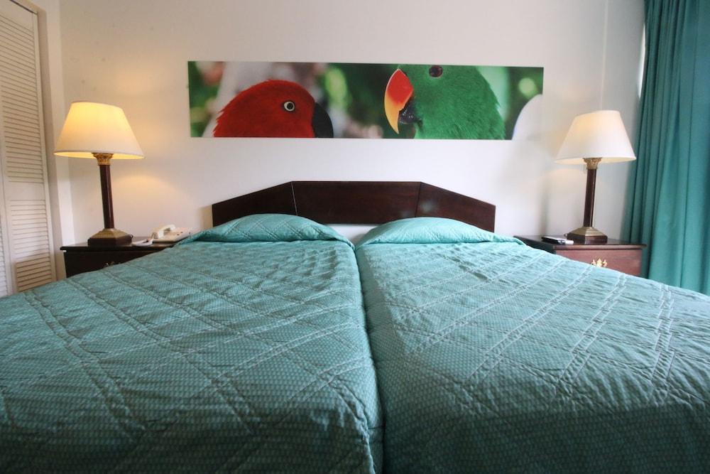 Eco Resort Inn, Rainville