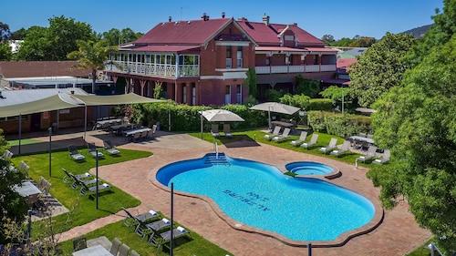 . Alzburg Resort