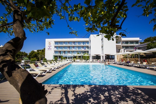 . Hotel Jardín de Bellver