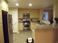 Condo, 2 Bedrooms, 2 Bathrooms