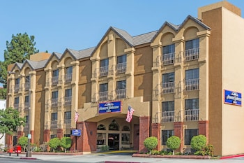 Hotel - Howard Johnson by Wyndham Pasadena