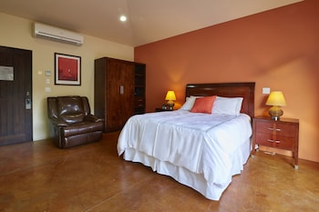 San Angel Suites