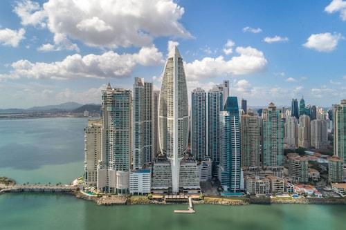 __{offers.Best_flights}__ JW Marriott Panama