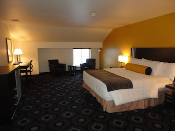 Deluxe Room, 1 King Bed (21+ only)