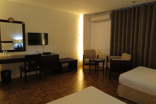 Century Plaza Hotel, Cebu City