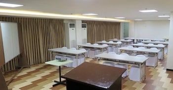 Century Plaza Hotel Cebu Meeting Facility