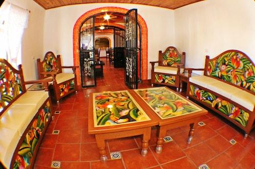 . Casa Margarita's
