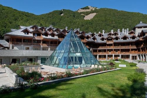 . Val di Luce Spa Resort
