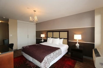 Executive Room, 1 King Bed, Kitchenette