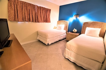 Standard Room, Multiple Beds, Ocean View