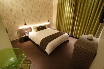 Premium Double (Noisy Room Weekend)