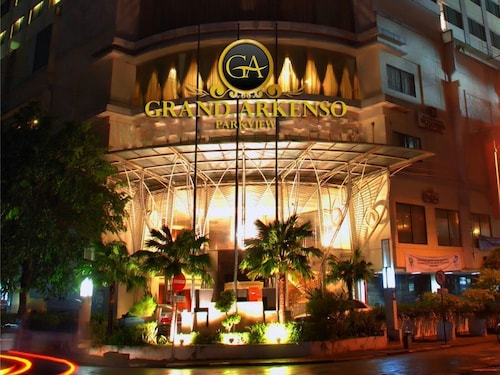 . Grand Arkenso Parkview Hotel