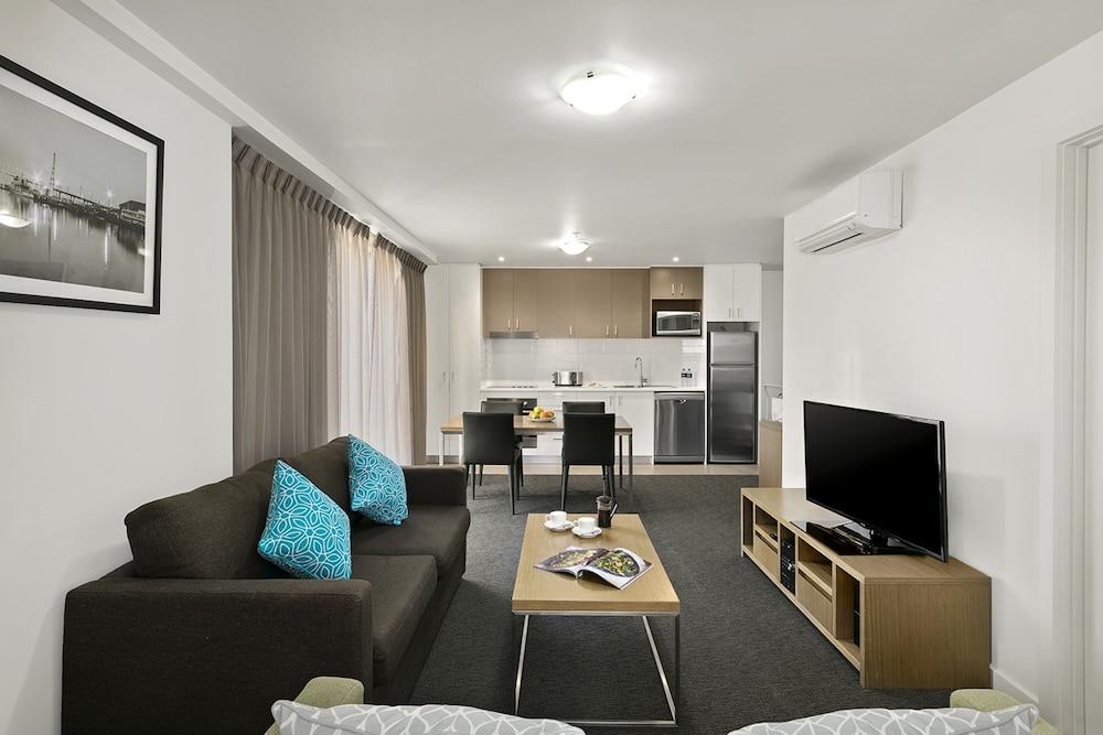 퀘스트 첼튼엄(Quest Cheltenham) Hotel Image 5 - Guestroom