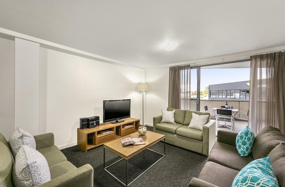 퀘스트 첼튼엄(Quest Cheltenham) Hotel Image 8 - Guestroom