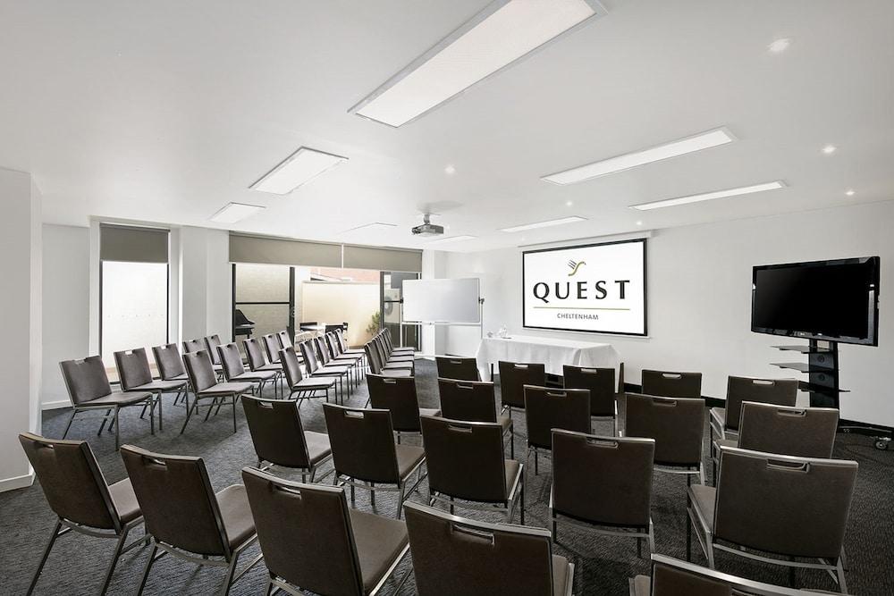 퀘스트 첼튼엄(Quest Cheltenham) Hotel Image 25 - Meeting Facility