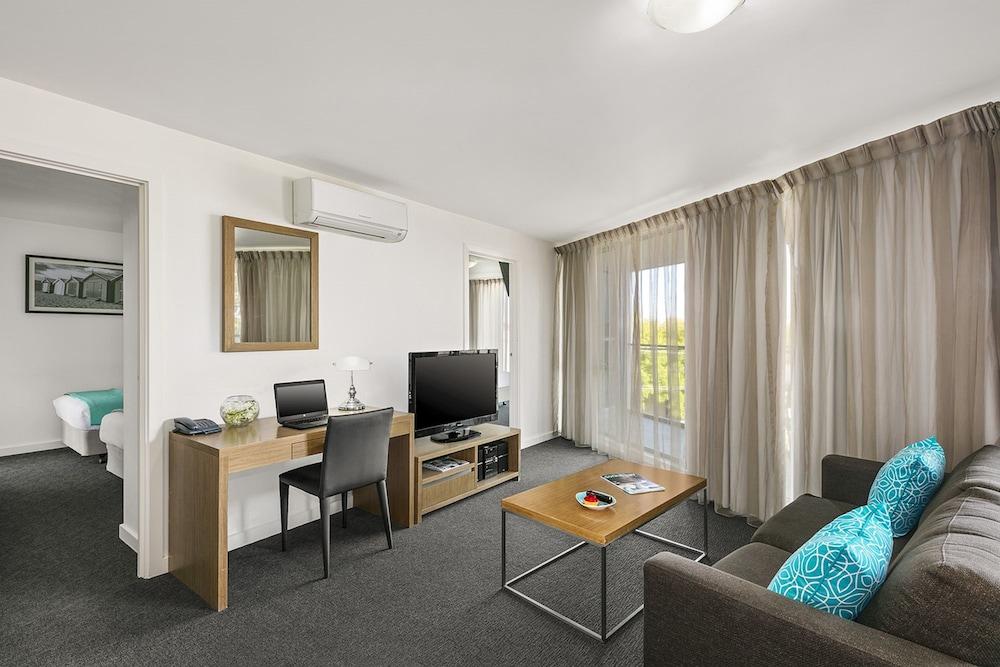 퀘스트 첼튼엄(Quest Cheltenham) Hotel Image 14 - Living Area