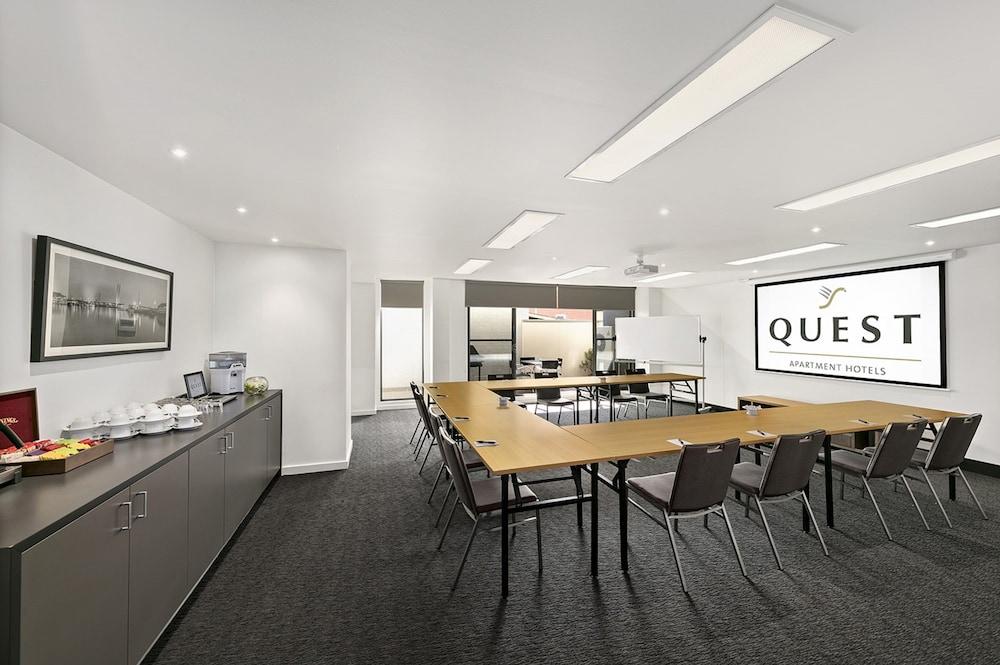 퀘스트 첼튼엄(Quest Cheltenham) Hotel Image 26 - Meeting Facility