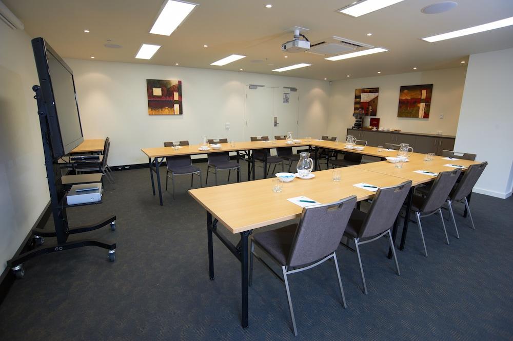 퀘스트 첼튼엄(Quest Cheltenham) Hotel Image 24 - Meeting Facility