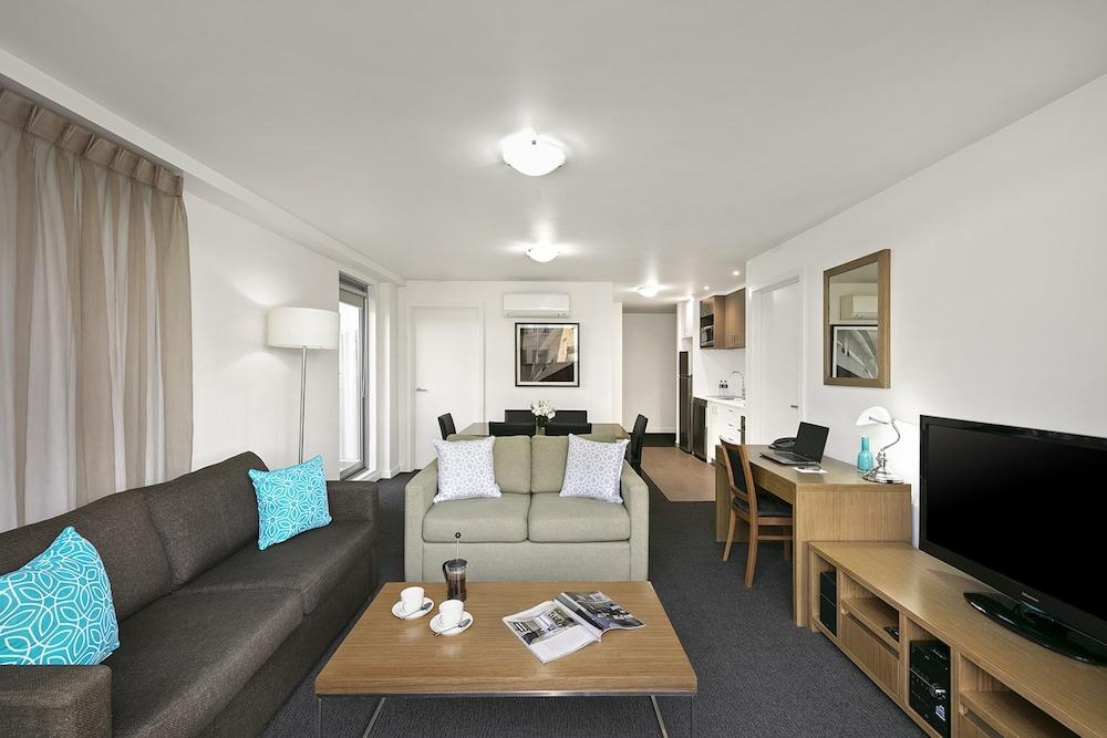 퀘스트 첼튼엄(Quest Cheltenham) Hotel Image 11 - Guestroom