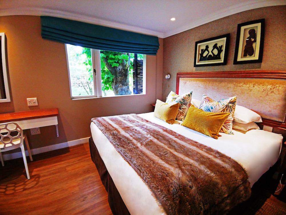 https://i.travelapi.com/hotels/5000000/4140000/4130700/4130646/3abd7f46_z.jpg