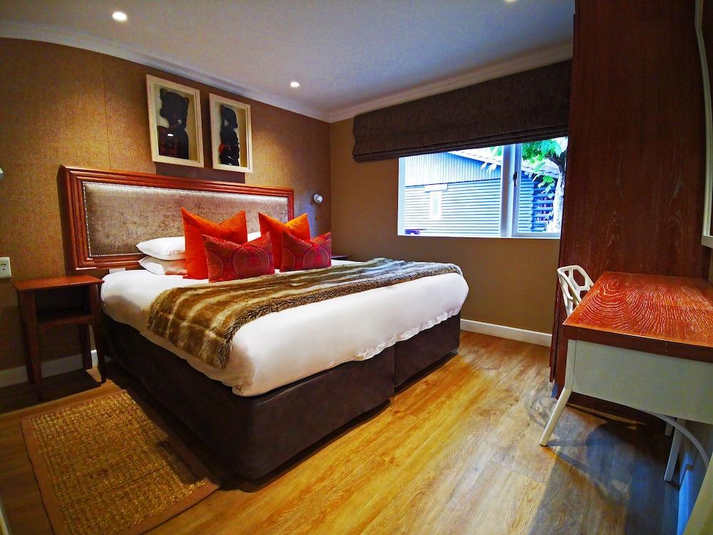 https://i.travelapi.com/hotels/5000000/4140000/4130700/4130646/7e18c6a1_z.jpg