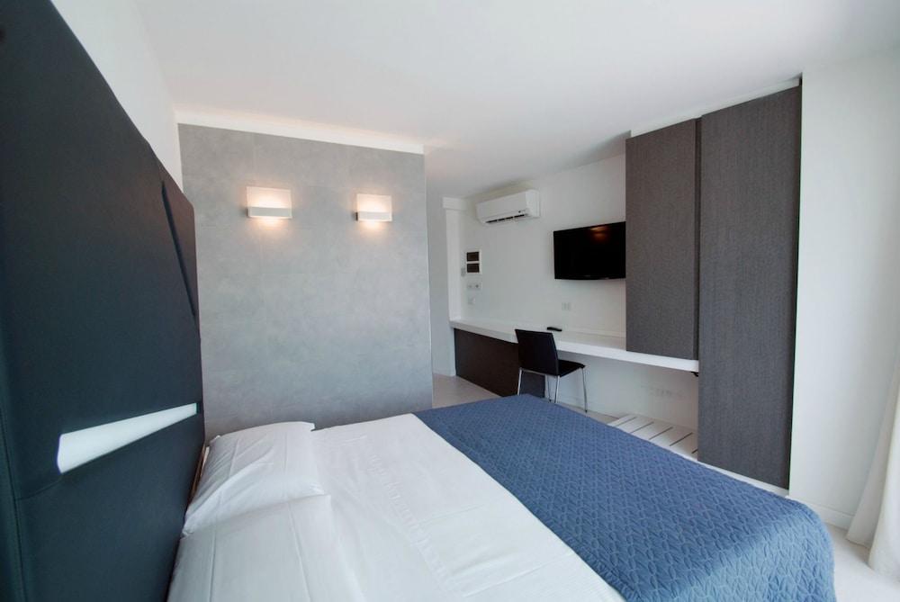 룽고테베레 스위트(Lungotevere Suite) Hotel Image 5 - Guestroom