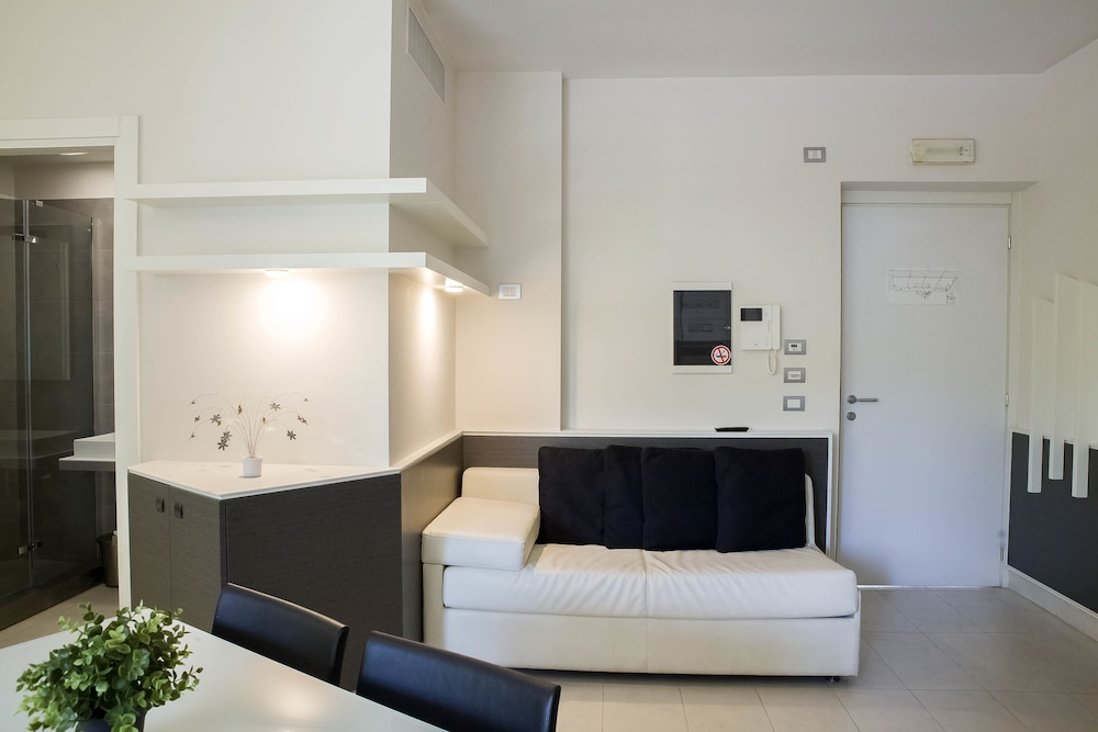룽고테베레 스위트(Lungotevere Suite) Hotel Image 6 - Guestroom