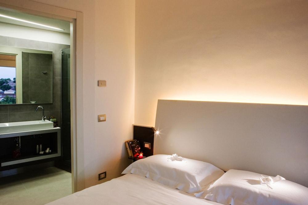 룽고테베레 스위트(Lungotevere Suite) Hotel Image 20 - Guestroom