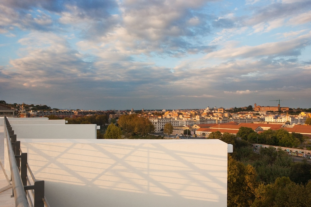 룽고테베레 스위트(Lungotevere Suite) Hotel Image 1 - View from Hotel