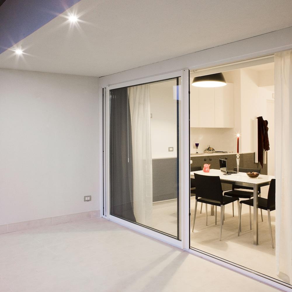 룽고테베레 스위트(Lungotevere Suite) Hotel Image 15 - Terrace/Patio