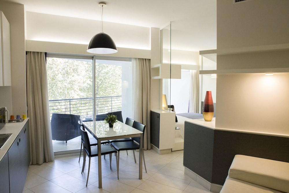 룽고테베레 스위트(Lungotevere Suite) Hotel Image 9 - In-Room Kitchen