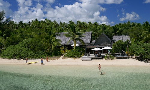 Fafa Island Resort,