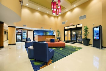 Fairfield Inn & Suites by Marriott Charleston Airport/Conven