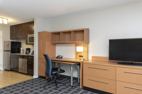 . TownePlace Suites Fort Wayne North